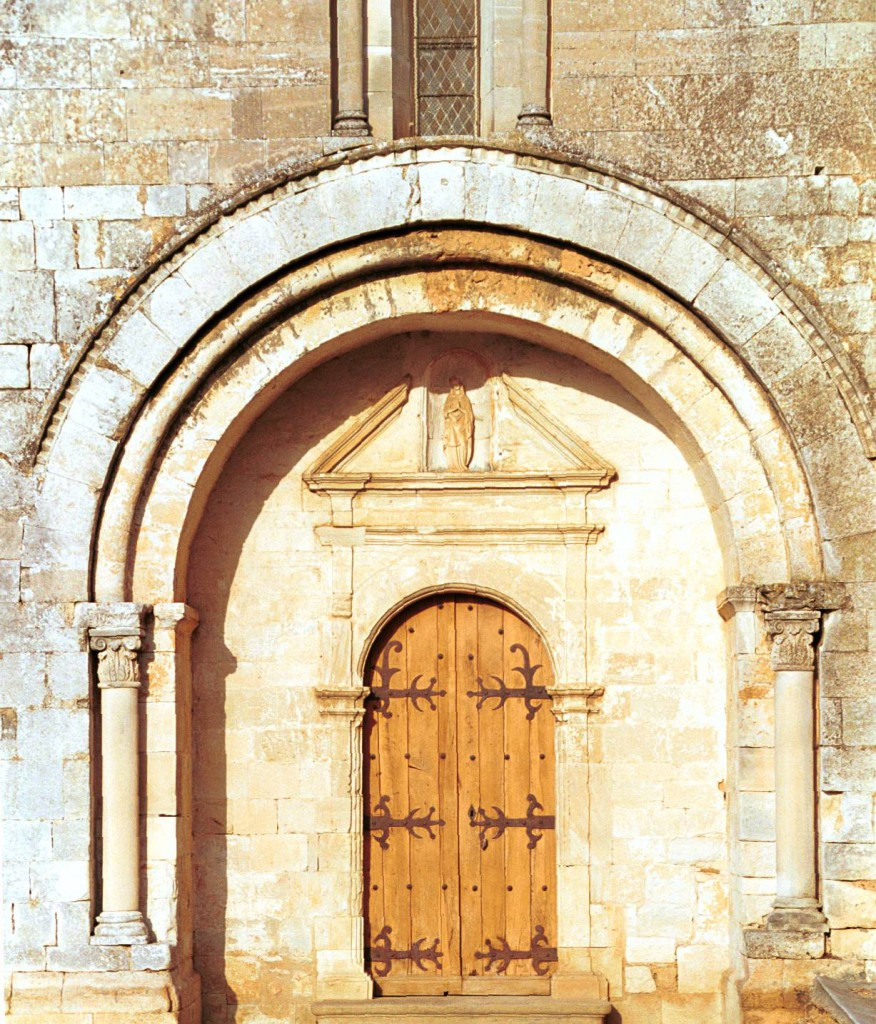 portail, église Notre-Dame-de-Gattigues