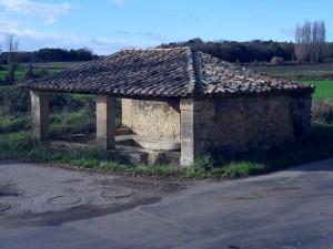 Le lavoir Le Sauzil avant sa restauration