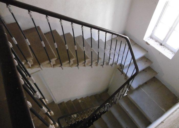 L'ancien presbytère L'escalier intérieur